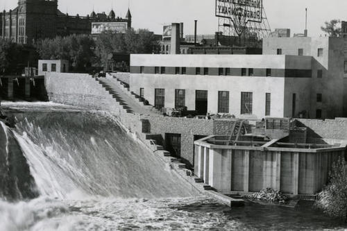 The completed St. Anthony Falls Laboratory in 1938.