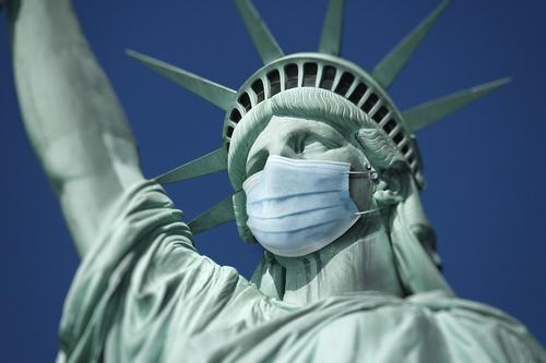 Statue of Liberty wearing a mask